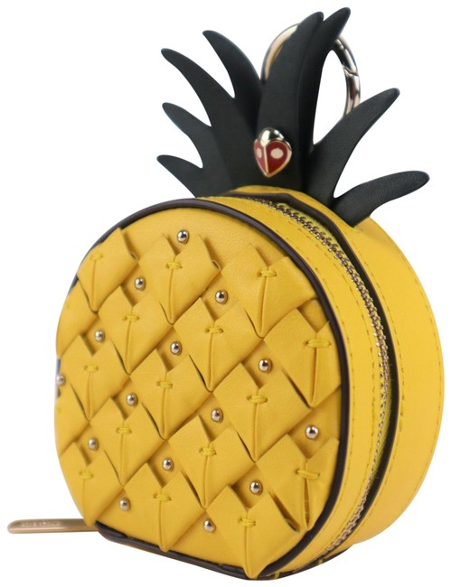 Item - Yellow Pineapple Coin Case Keychain
