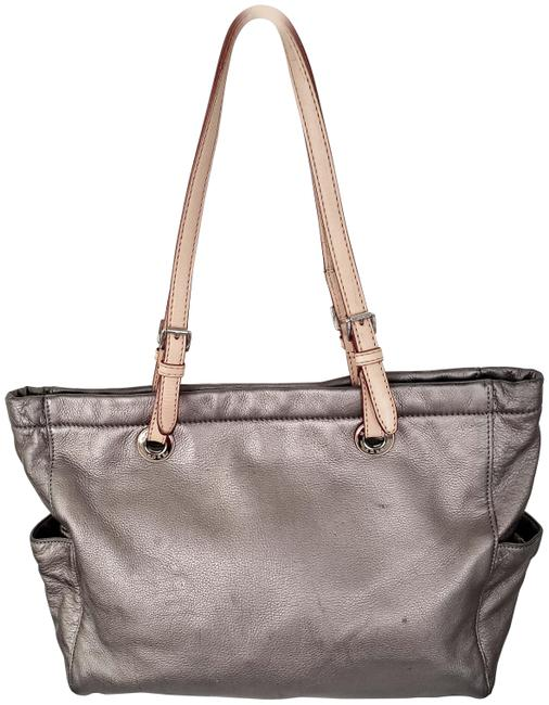 Item - Bag Pebbled Silver Leather Tote