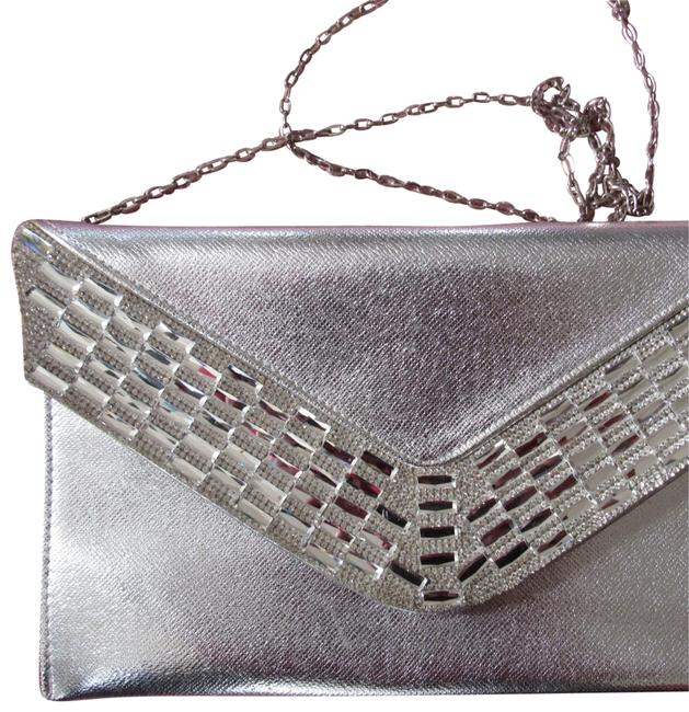 Item - Matalic Baguette Beaded Sliver Leather Clutch