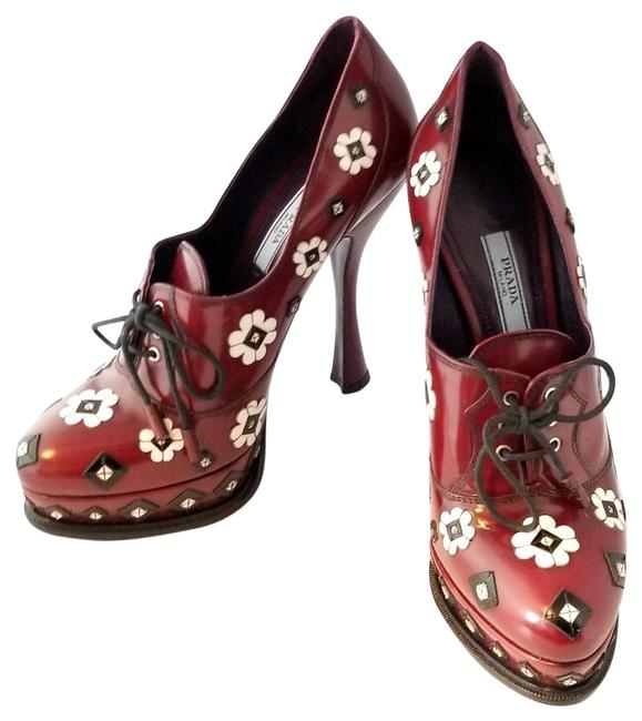 Item - Red Oxblood Die Cut Flower and Diamond Embellished Boots/Booties Size EU 39 (Approx. US 9) Regular (M, B)