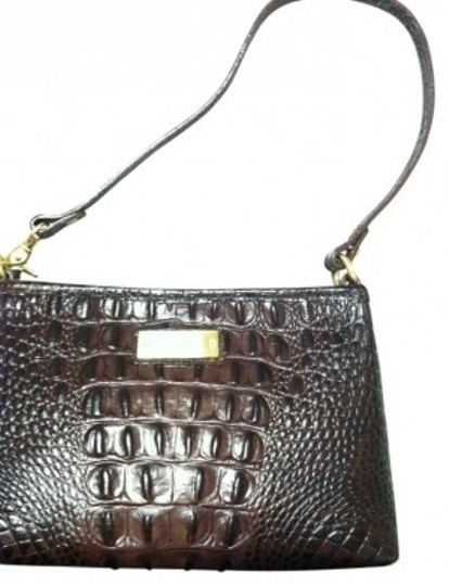 Preload https://img-static.tradesy.com/item/28076/brahmin-anytime-mini-cocoa-shoulder-bag-0-0-540-540.jpg
