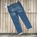 Abercrombie & Fitch Blue Medium Wash Ankle Straight Leg Jeans Size 26 (2, XS) Abercrombie & Fitch Blue Medium Wash Ankle Straight Leg Jeans Size 26 (2, XS) Image 3