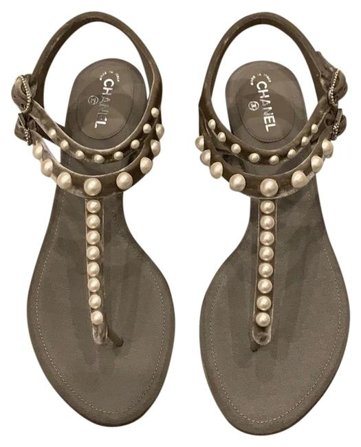 Item - Grey Velvet White Pearl Thong Sandals Flats Size EU 38.5 (Approx. US 8.5) Wide (C, D)