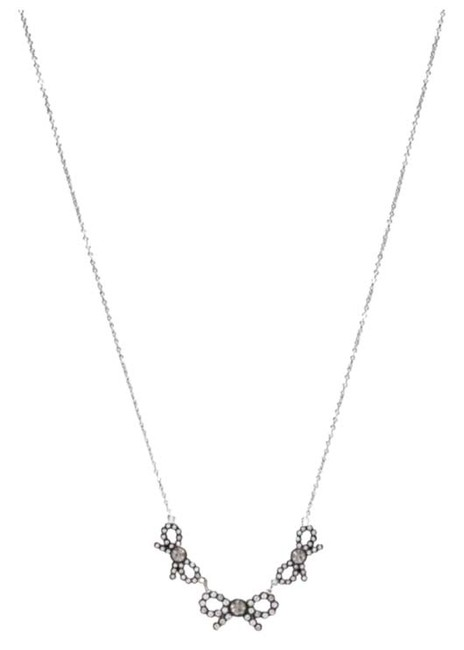 Item - Silver Bow Three Bows Necklace
