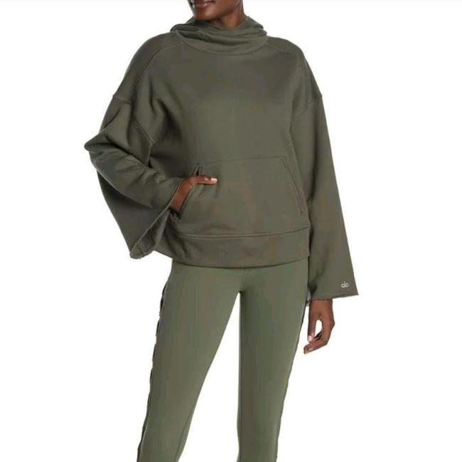 Item - Green French Terry Bell Sleeve Low Key Hoodie Activewear Top Size 8 (M)