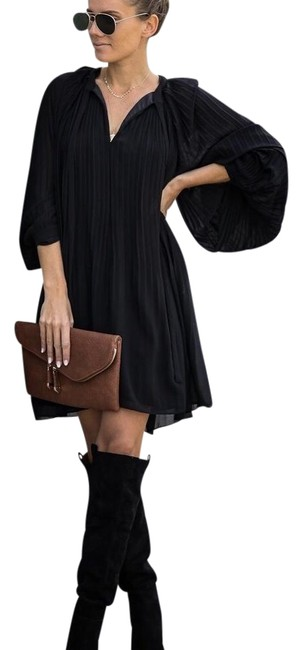 Item - Black Very Merry Pleated Chiffon - Medium Short Cocktail Dress Size 8 (M)
