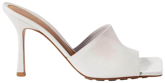 Item - White Leather Mules/Slides Size EU 38 (Approx. US 8) Regular (M, B)