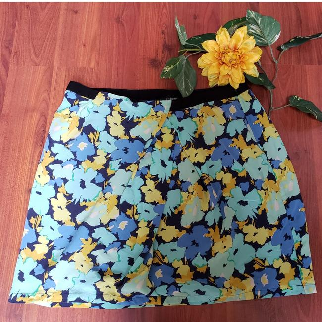 Item - Black Green Yellow Floral Skirt Size 10 (M, 31)