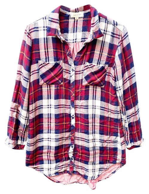 Item - Red Plaid Button-down Top Size 8 (M)