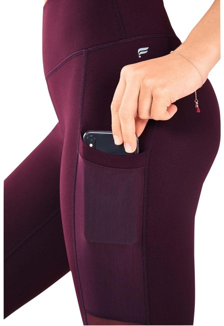 Item - Purple Burgundy Mila High-waisted Pocket Capri Activewear Bottoms Size 4 (S)