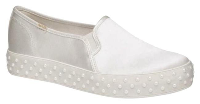 Kate Spade White Ivory Keds X Triple Decker Satin Faux Pearl Platform Sneakers Flats Size US 7.5 Regular (M, B) Kate Spade White Ivory Keds X Triple Decker Satin Faux Pearl Platform Sneakers Flats Size US 7.5 Regular (M, B) Image 1