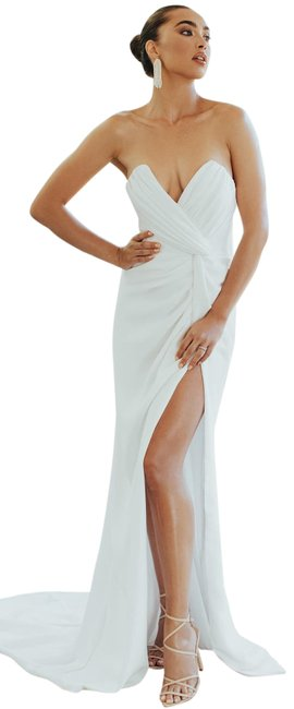 Item - Ivory Wisteria Strapless V Neck Bridal Mermaid Gown Thigh S Long Formal Dress Size 12 (L)