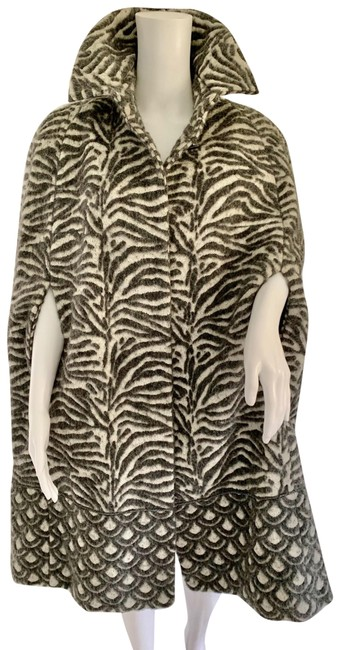 Cavalli Class Grey White By Roberto Cotton Blend Animal Poncho/Cape Size OS (one size) Cavalli Class Grey White By Roberto Cotton Blend Animal Poncho/Cape Size OS (one size) Image 1