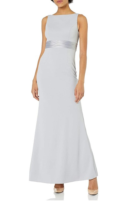 Item - Bridal Silver Ribbon Bow Tie Knit Crepe Gown Long Formal Dress Size 8 (M)