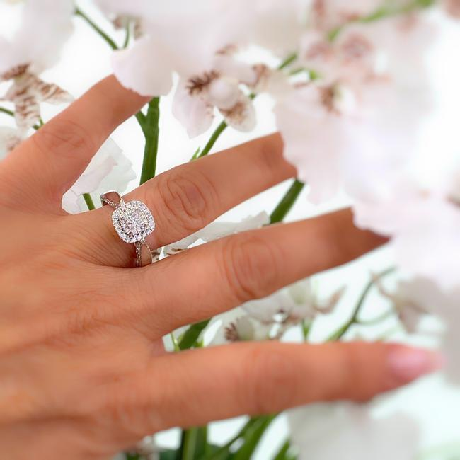 Item - White Gold Love Collection 7/8 Tcw Princess Diamond Double Frame Engagement Ring