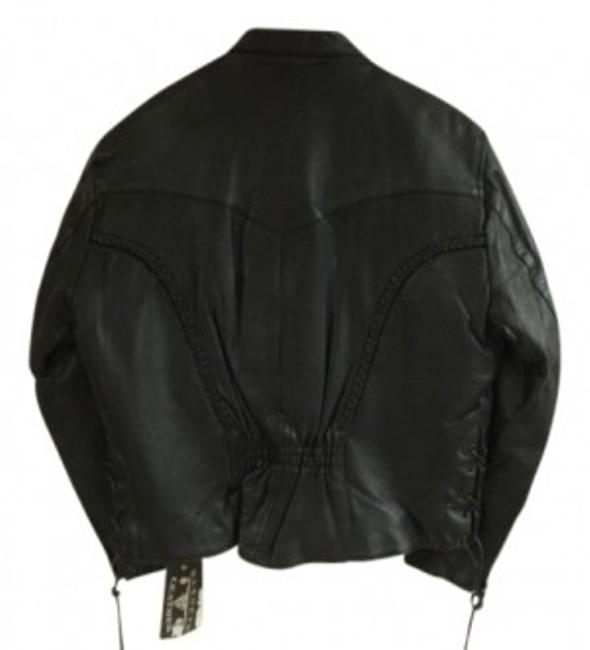 Preload https://img-static.tradesy.com/item/28093/barneys-new-york-black-leather-removable-lining-xl-motorcycle-jacket-size-18-xl-plus-0x-0-0-650-650.jpg