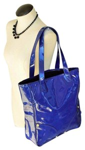 Mulberry Vinyl Patent Leather Tote in Blue