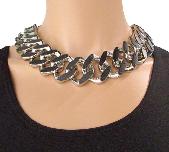 Item - Silver/Black Roxie Collection Collar Necklace