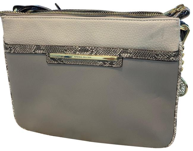 Item - Gray and White with Gold Hardware Leather Shoulder Bag