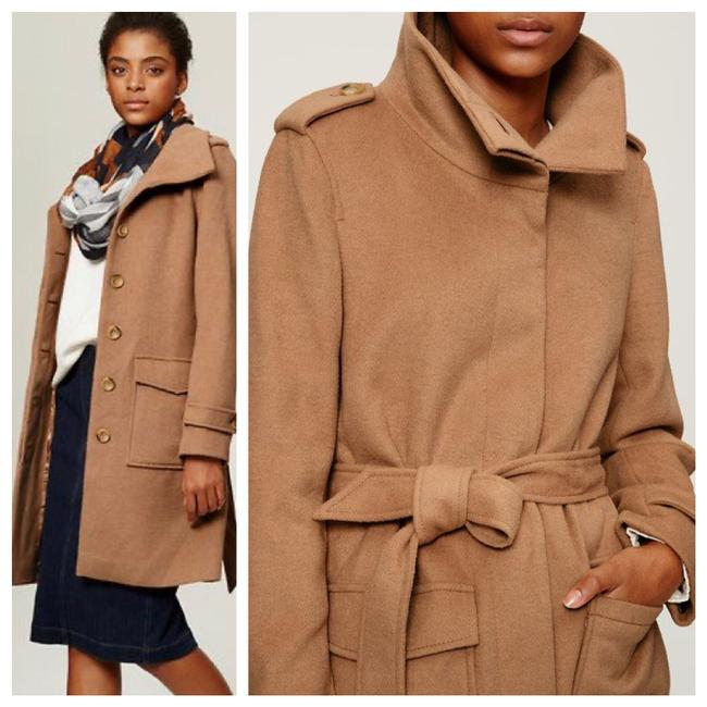 Item - Camel Belted Wool Coat Size 0 (XS)