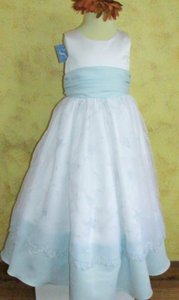 Jordan Fashions White / Light Blue Jordan #1555 Flowergirl, Communion Size 6 White/light Blue A15-14 Dress