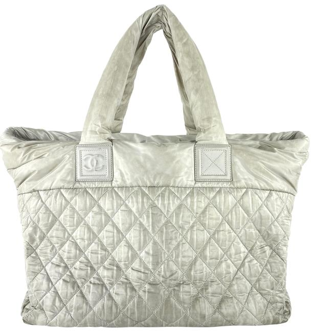 Item - Cocoon Large Quilted 4c1117 Grey Nylon Tote