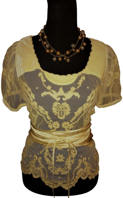 Item - Ivory Silk Lace Collection Blouse Size 8 (M)