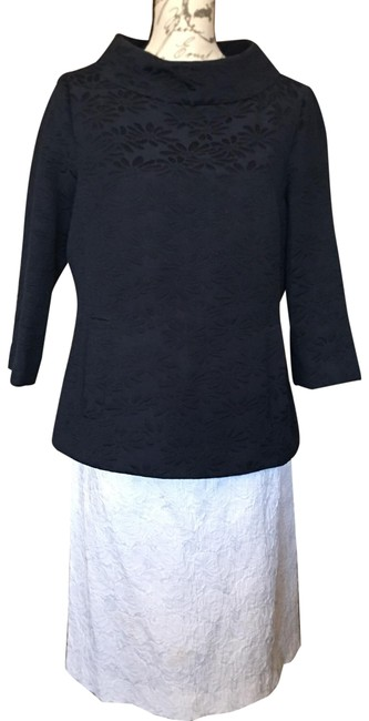 Item - Navy Blue and White Funnel Jacket Skirt Suit Size Petite 10 (M)