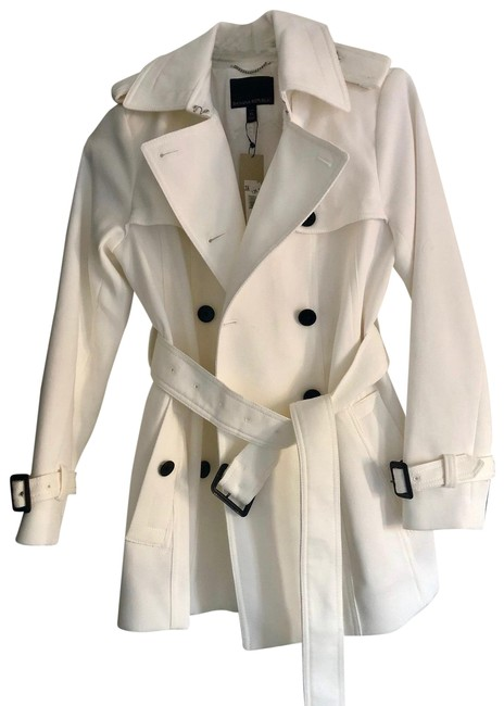 Item - White Linen Double-breasted Black Button Accents Coat Size Petite 2 (XS)