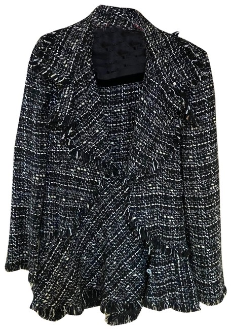 Item - Black and White Chanel Meets Skirt Suit Size 6 (S)
