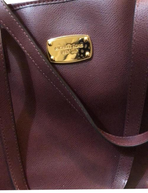 Item - Maroon Gold Leather Tote