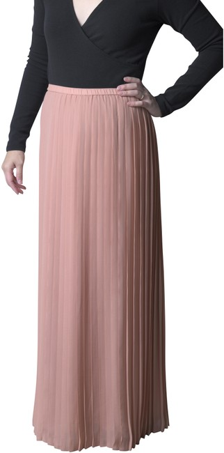Item - Dusty Pink Pleated Skirt Size 6 (S, 28)
