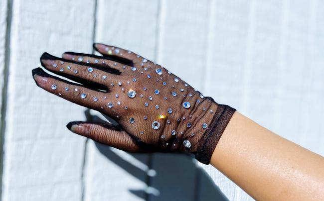 Item - White Womens Mesh Sheer Rhinestones Sunscreen Opera Gloves