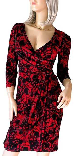 Item - Red Black Floral Print Faux Wrap Mid-length Work/Office Dress Size 4 (S)