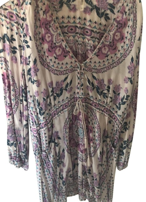 Item - White with Purple Flowers Like New Short Casual Dress Size 8 (M)