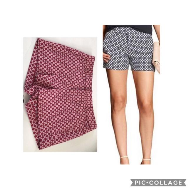 Item - Pink and White Jaquard Hampton Fit Shorts Size 4 (S, 27)