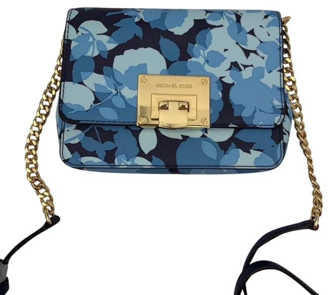 Item - Tina 35s8gt4c0r Small In Navy Leather Clutch