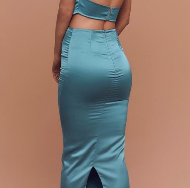 Turquoise Matching Set Top and Bottom Long Night Out Dress Size 6 (S) Turquoise Matching Set Top and Bottom Long Night Out Dress Size 6 (S) Image 2