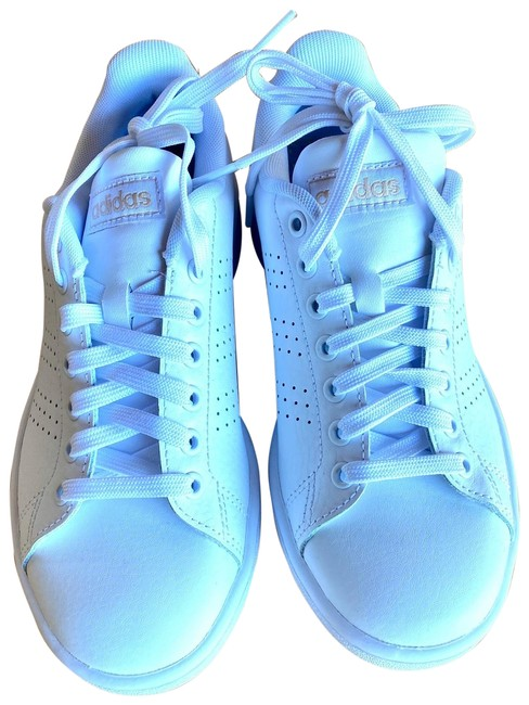 Item - White New Sneakers Size US 5 Regular (M, B)