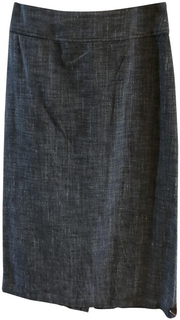 Item - Blackwith White Threading Below The Skirt Size Petite 6 (S)