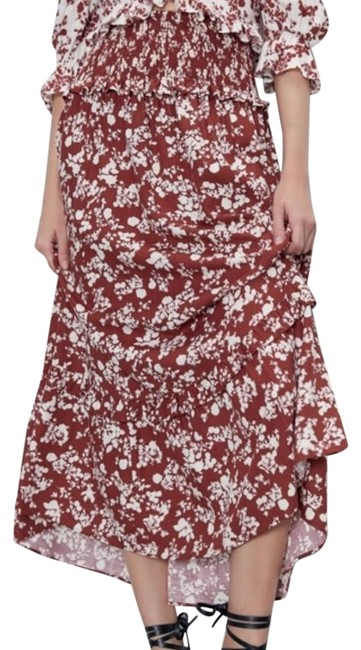 Item - Red Floral Printed Rustic New Skirt Size 8 (M, 29, 30)