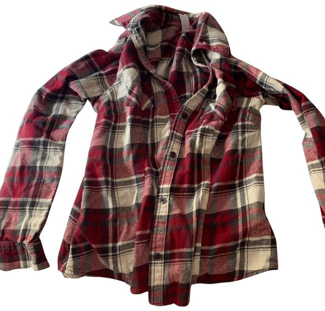 Red Checkered Flannel Small For The Fall and And Octoberfest Great For Farmer Costume There's A Couple Stains As Button-down Top Size 6 (S) Red Checkered Flannel Small For The Fall and And Octoberfest Great For Farmer Costume There's A Couple Stains As Button-down Top Size 6 (S) Image 1