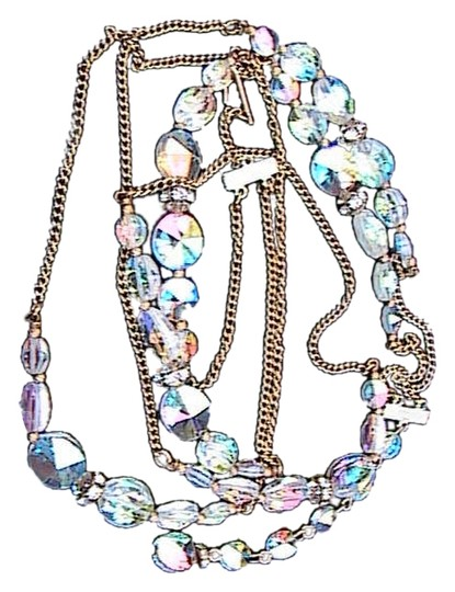 Preload https://item2.tradesy.com/images/gold-tone-and-austrian-crystal-sparkly-necklace-2814001-0-0.jpg?width=440&height=440