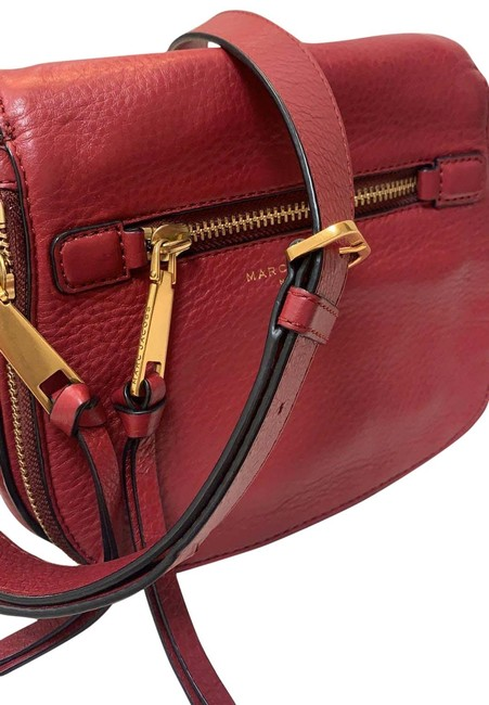 Item - Multiple Slightly Used with Compartments Red Leather Shoulder Bag