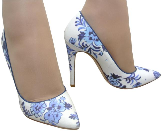 Item - Blue Flora Pumps Size EU 36 (Approx. US 6) Regular (M, B)