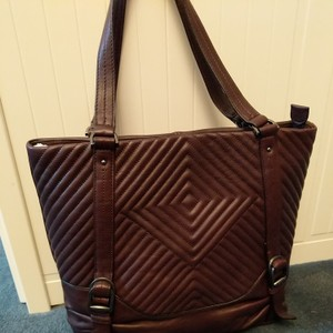 Vince Camuto Tote in Grape/Vamp