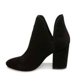 Steve Madden Suede Ankle Chic Comfort black Boots