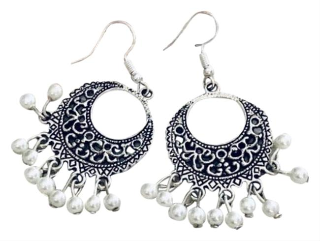 Item - White Pearl Beaded Chandelier Dangling Earrings
