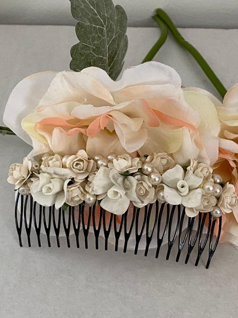 Item - Ivory One Of A Kind Comb with Faux Pearls Vintage Hair Accessory