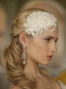 Retro Lt Ivory Lace And Silk Bridal Cocktail Hat With Wide Netting